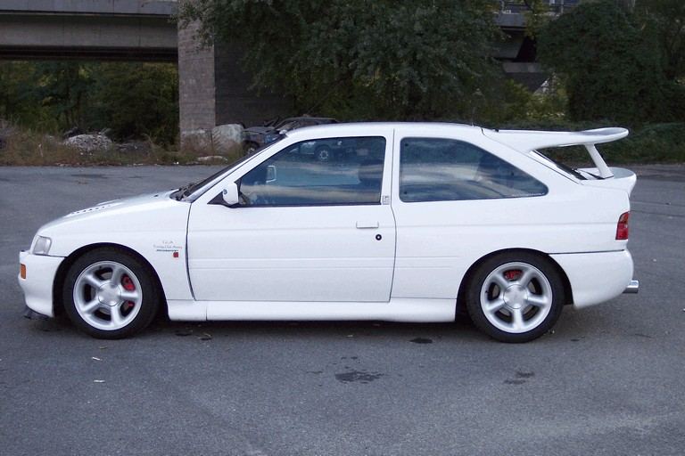 1992 Ford Escort RS Cosworth 195750