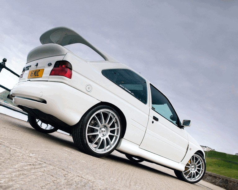 1992 Ford Escort RS Cosworth 195751