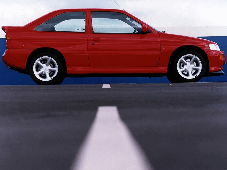 1992 Ford Escort RS Cosworth 195766