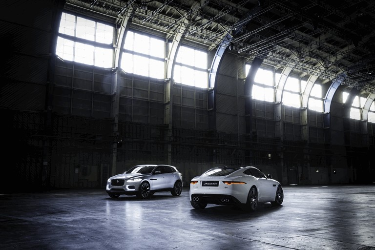 2013 Jaguar F-Type R coupé 403571