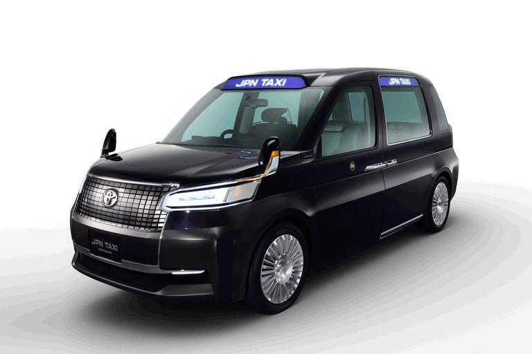 2013 Toyota JPN Taxi concept 404700