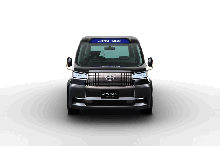 2013 Toyota JPN Taxi concept 404703