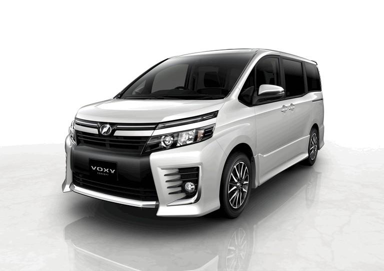 2013 Toyota Voxy concept 404726