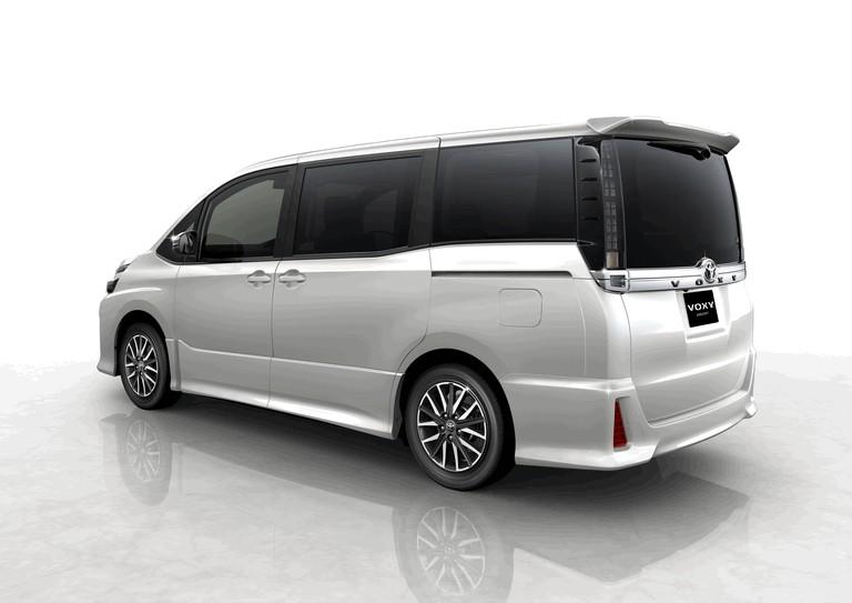 2013 Toyota Voxy concept 404727