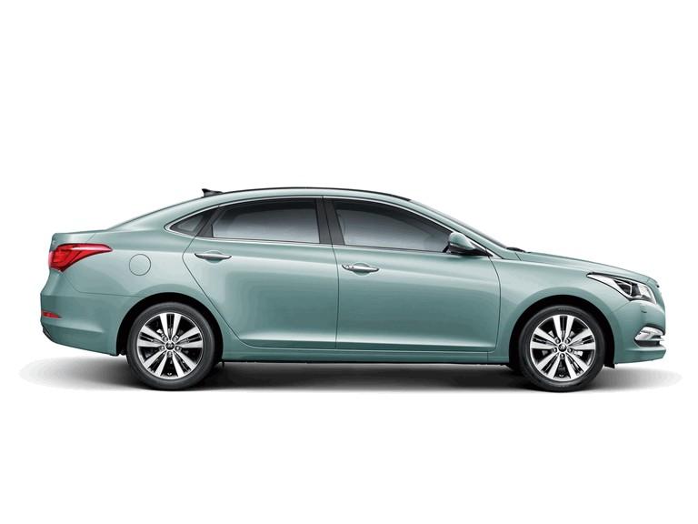 2013 Hyundai Mistra 405048