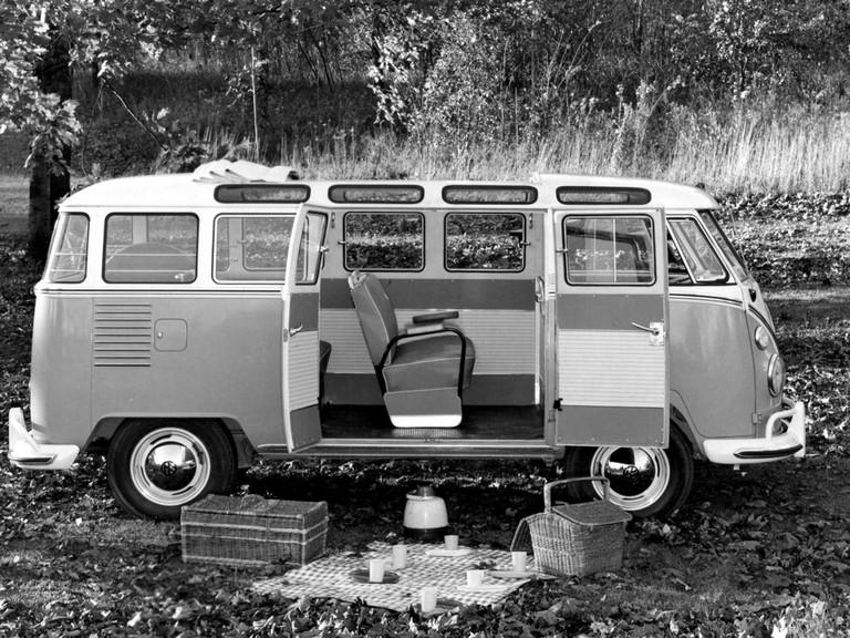 1951 Volkswagen T1 Deluxe Samba Bus 405173