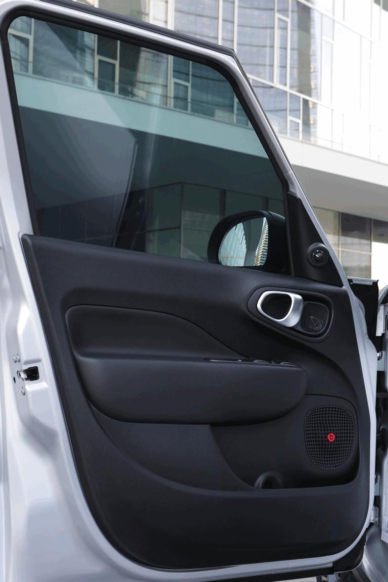 2014 Fiat 500L Beats Edition 408267