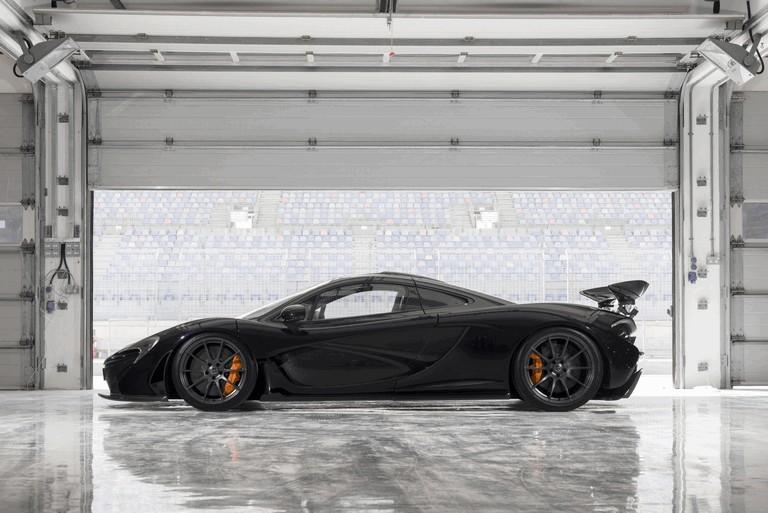 2014 McLaren P1 - Bahrain test 472140