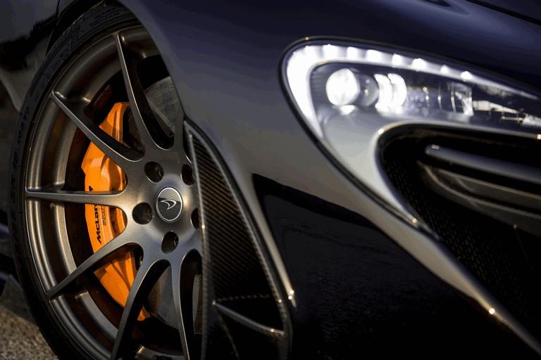 2014 McLaren P1 - Bahrain test 472141