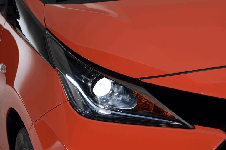 2014 Toyota Aygo x-cite 414210