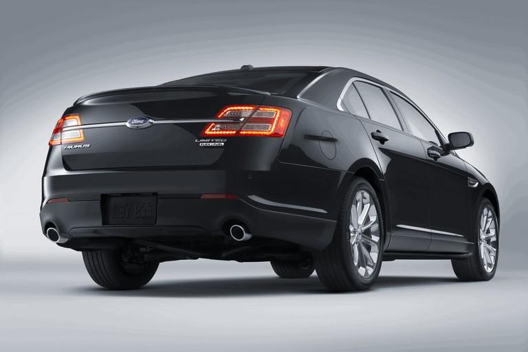 2015 Ford Taurus SHO 416529