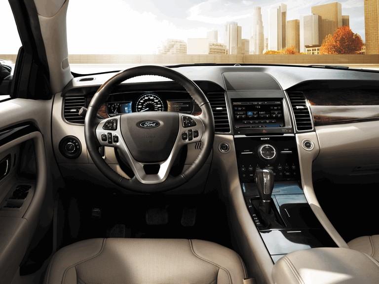 2015 Ford Taurus SHO 416537