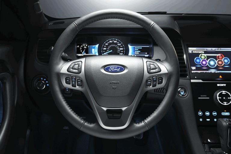 2015 Ford Taurus SHO 416540
