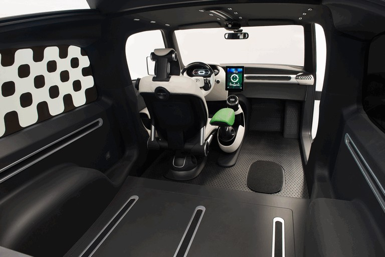 2014 Toyota U-squared Urban Utility Concept Vehicle 416847