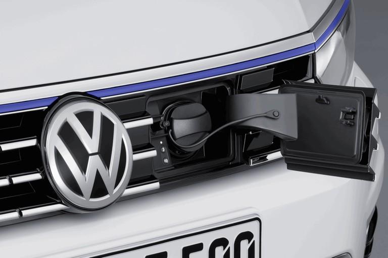 2014 Volkswagen Passat GTE 418988