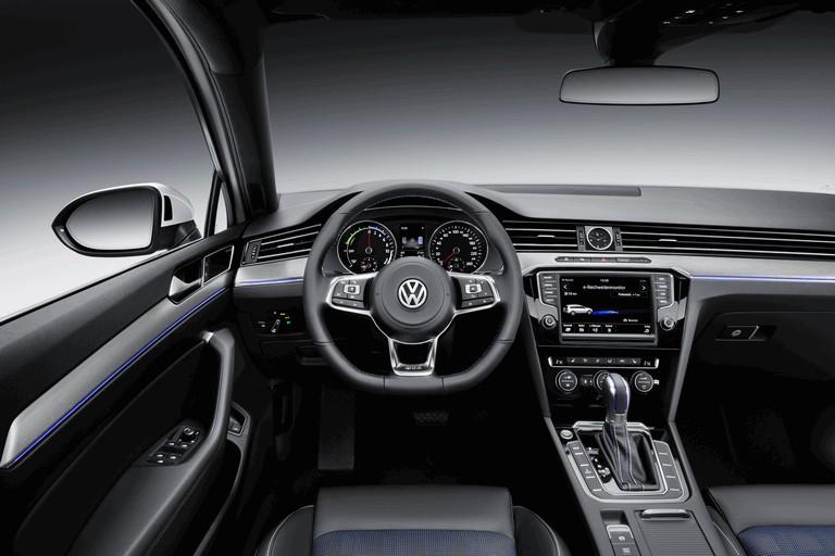 2014 Volkswagen Passat GTE SW 419002
