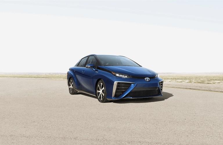2015 Toyota Mirai 421015