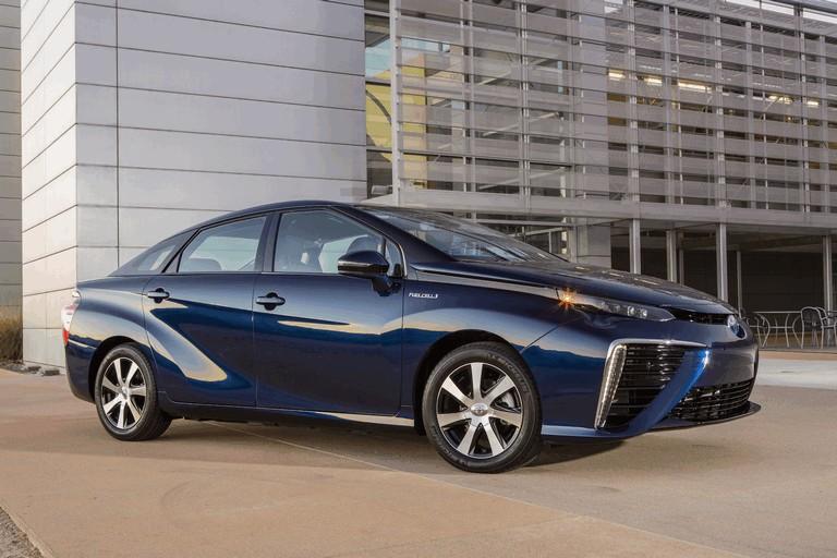 2015 Toyota Mirai 421020