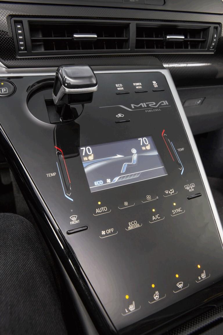 2015 Toyota Mirai 421052