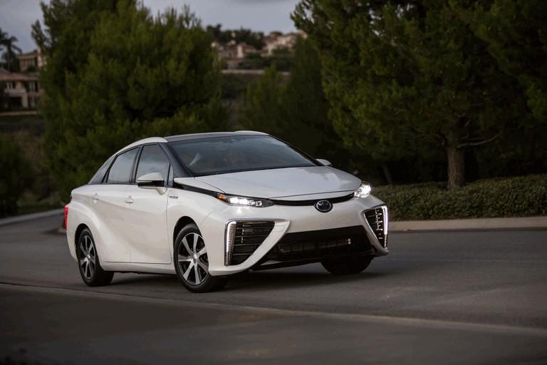 2015 Toyota Mirai 421061