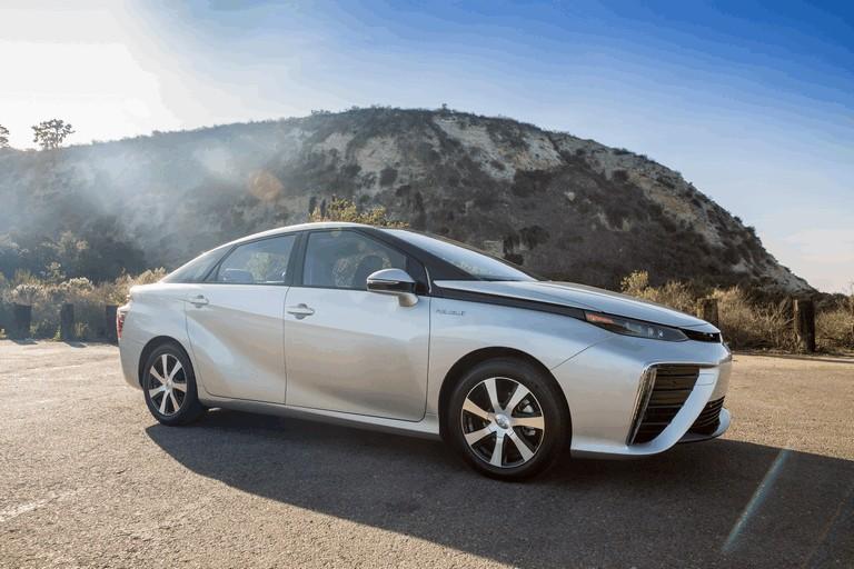 2015 Toyota Mirai 421064