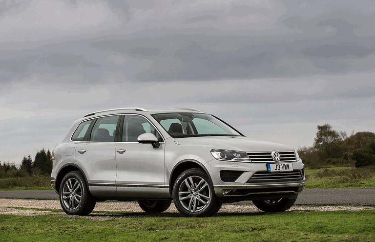 2014 Volkswagen Touareg SE - UK version 421896