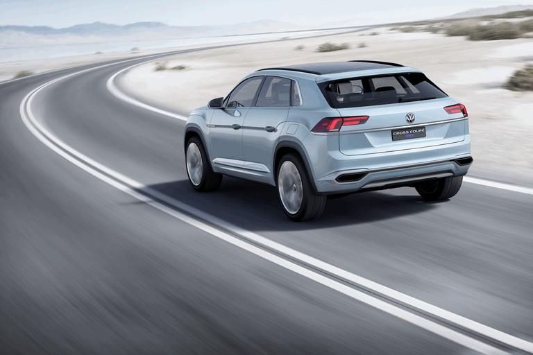 2015 Volkswagen Cross Coupé GTE 423942