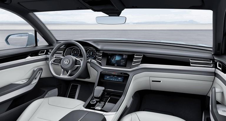 2015 Volkswagen Cross Coupé GTE 423949