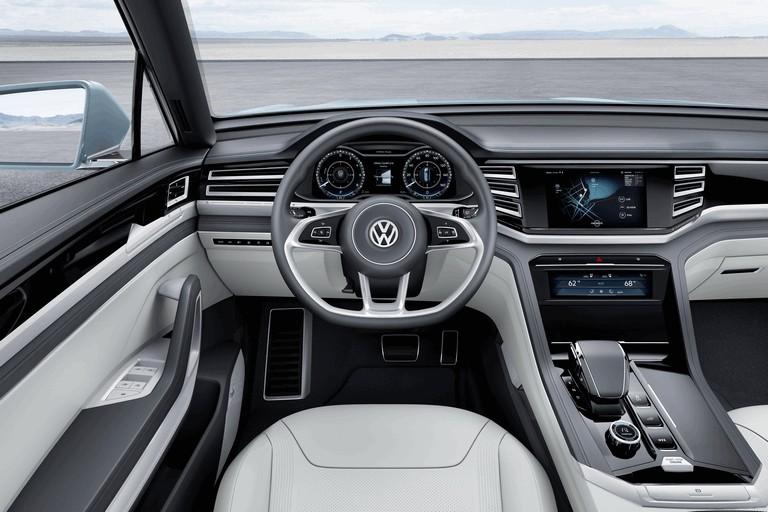 2015 Volkswagen Cross Coupé GTE 423950