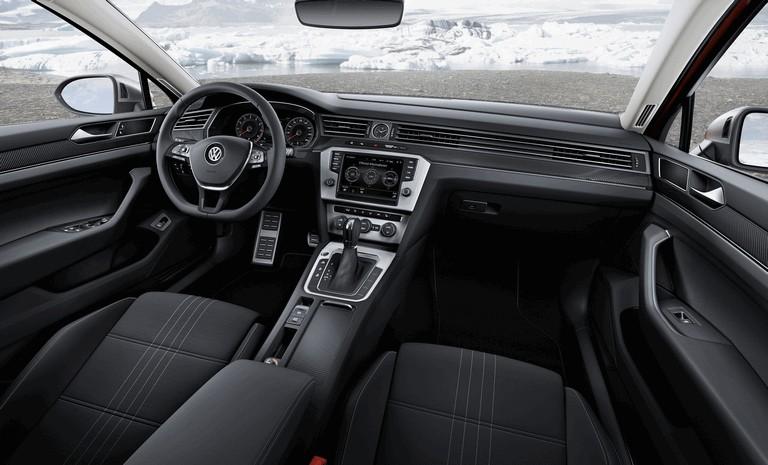 2015 Volkswagen Passat Alltrack 430657