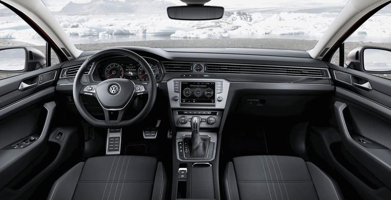2015 Volkswagen Passat Alltrack 430658