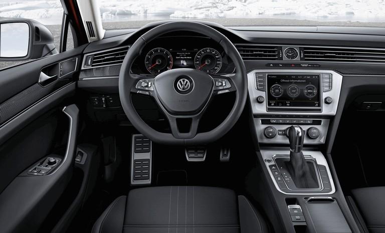 2015 Volkswagen Passat Alltrack 430659