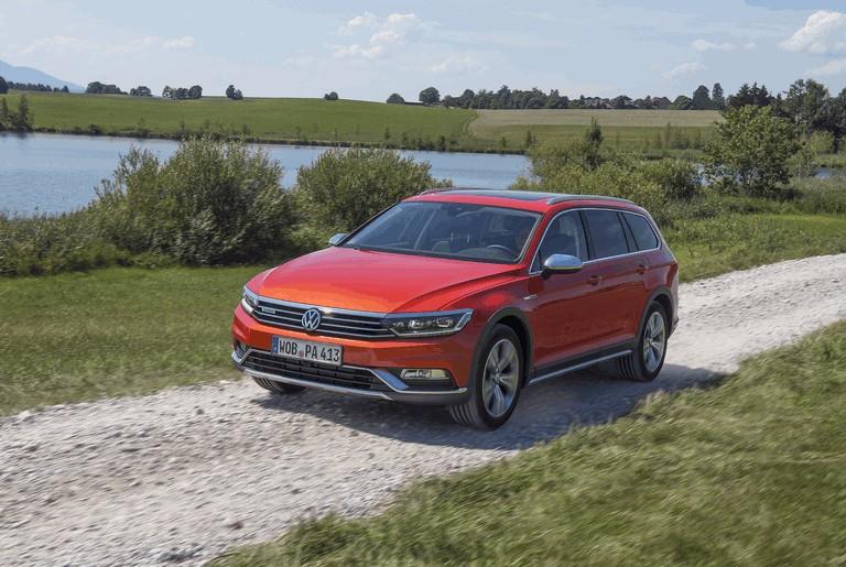 2015 Volkswagen Passat Alltrack 430675
