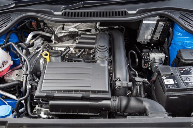 2015 Volkswagen Polo SE Design - UK version 427002