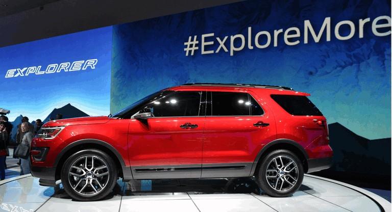 2016 Ford Explorer 446266