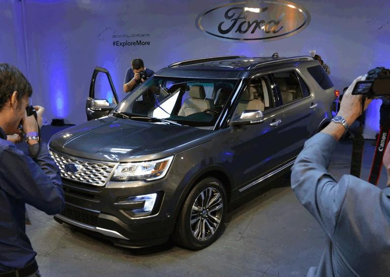 2016 Ford Explorer 446276