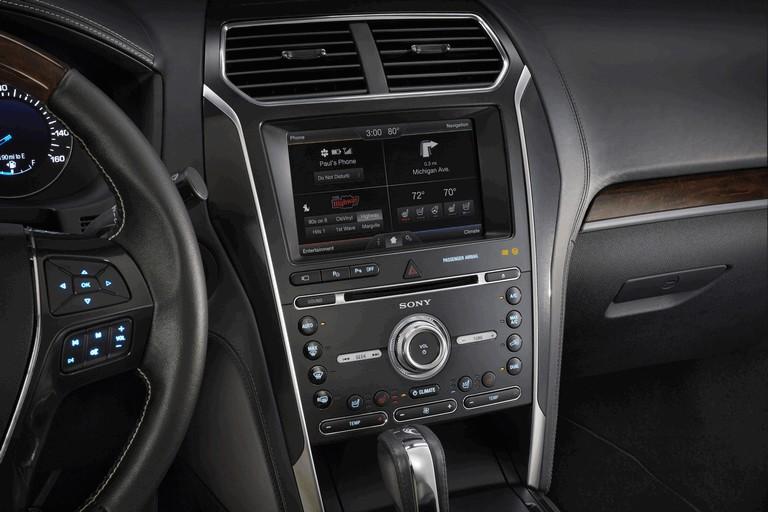 2016 Ford Explorer 446301