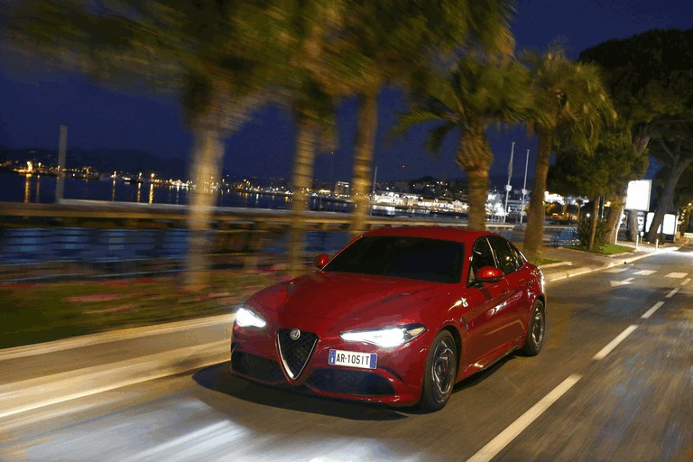 2015 Alfa Romeo Giulia Quadrifoglio 445566