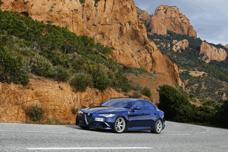 2015 Alfa Romeo Giulia Quadrifoglio 445591
