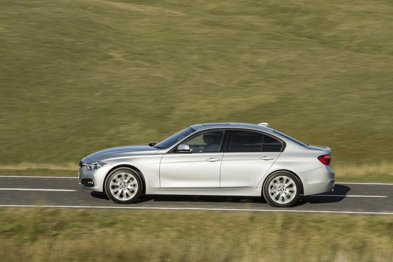 2015 BMW 320d xDrive SE Saloon - UK version 431244