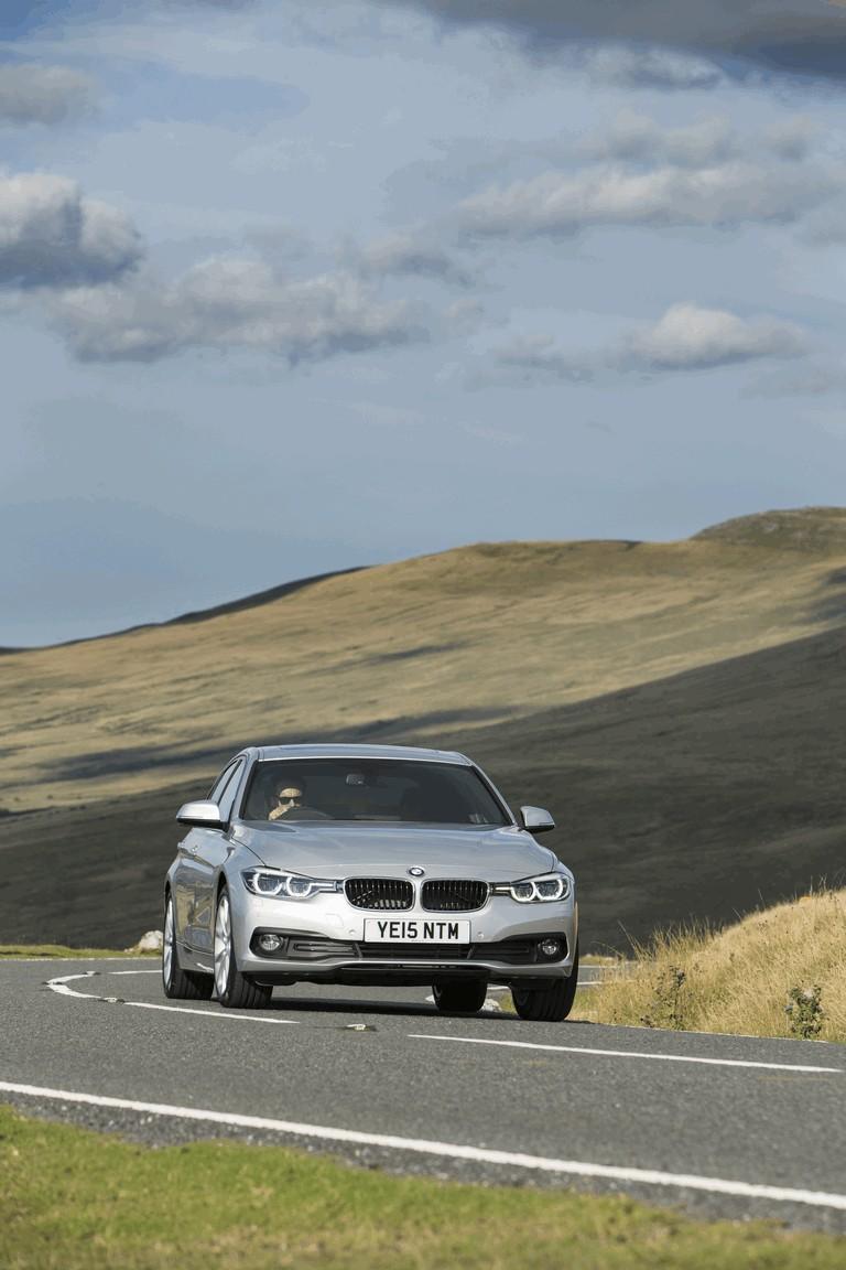2015 BMW 320d xDrive SE Saloon - UK version 431253