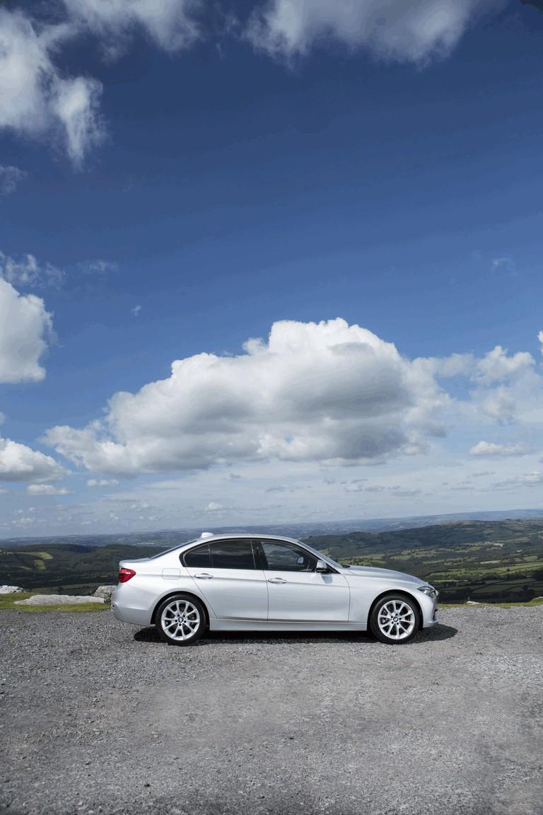 2015 BMW 320d xDrive SE Saloon - UK version 431259