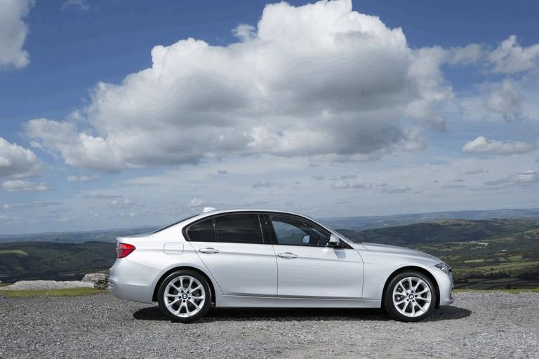 2015 BMW 320d xDrive SE Saloon - UK version 431260