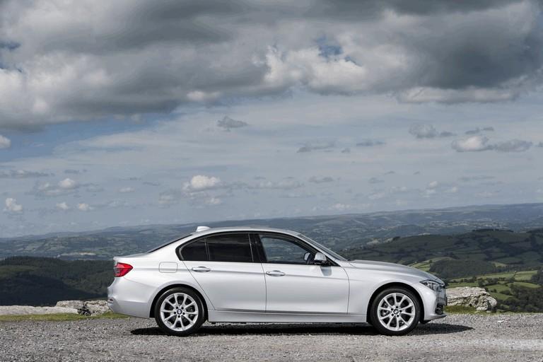 2015 BMW 320d xDrive SE Saloon - UK version 431261