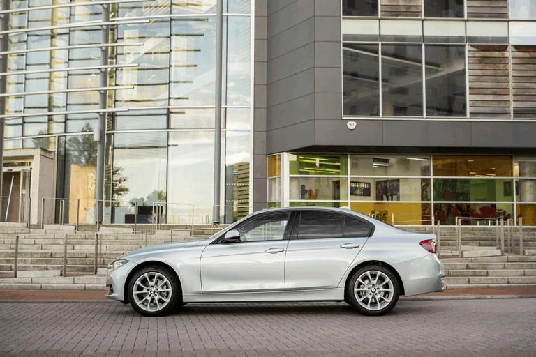 2015 BMW 320d xDrive SE Saloon - UK version 431264
