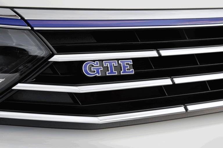 2015 Volkswagen Passat GTE 432626