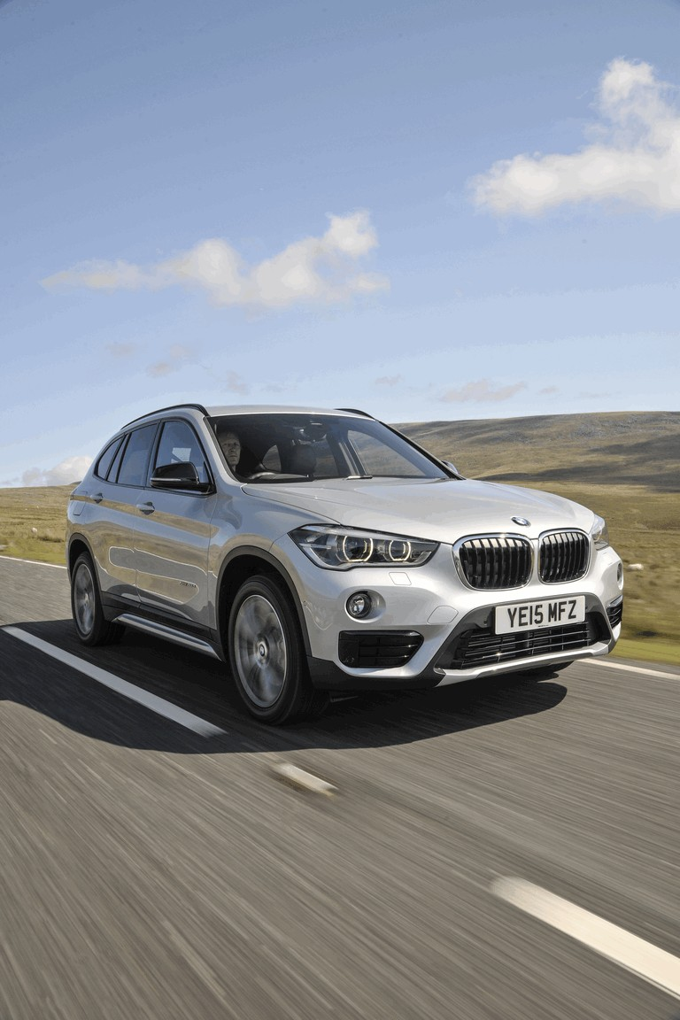 2015 BMW X1 20d Sport - UK version 434256