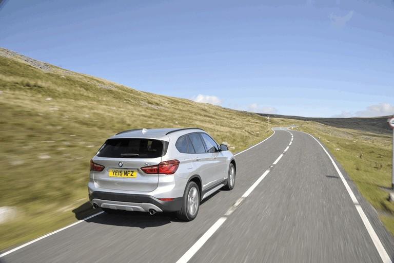 2015 BMW X1 20d Sport - UK version 434261