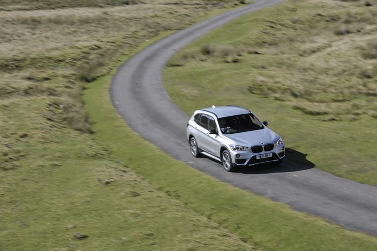 2015 BMW X1 20d Sport - UK version 434272