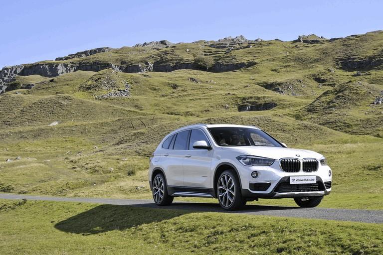 2015 BMW X1 20d Sport - UK version 434275